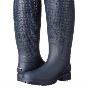 Tommy Hilfiger size 7.5 navy rain boots